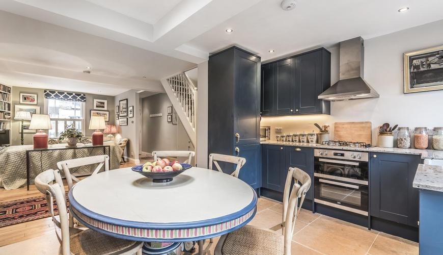 New kitchen decorated and installed in London family home